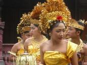 Taneční představení na Bali, zdroj: wikipedia.org