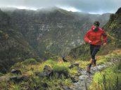 běžecké a outdoorové oblečení